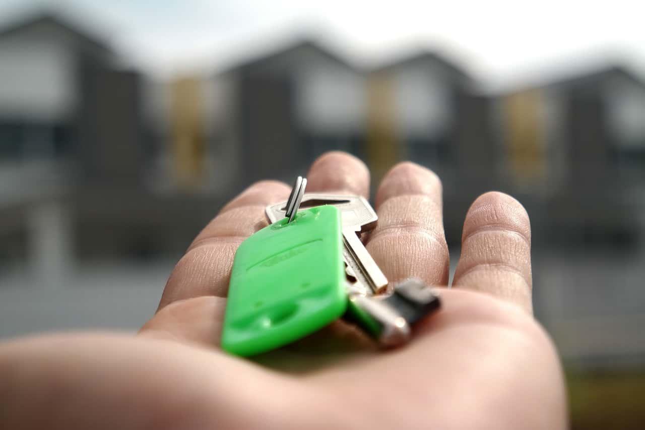 Landlord Insurance, rental property, house keys