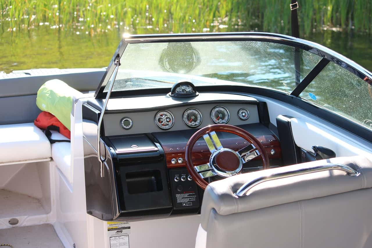 boat-cockpit-boat-insurance